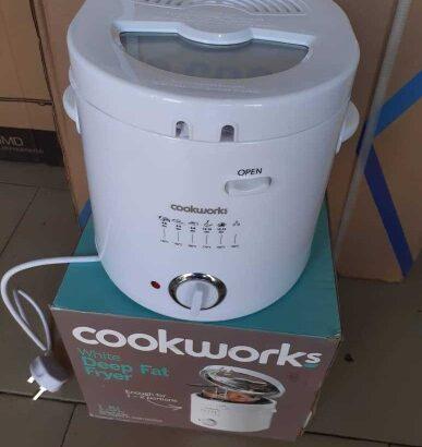 UK Deep Fryer- Cookworks