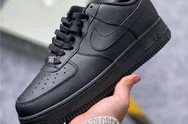 Nike air force all white /black