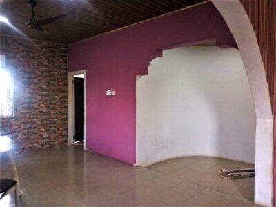 Large 4-bedroom (ensuite) House for Sale
