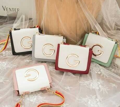 leather bags for sale  250gh for 5
