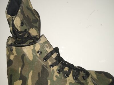 Brand New men camouflage Converse