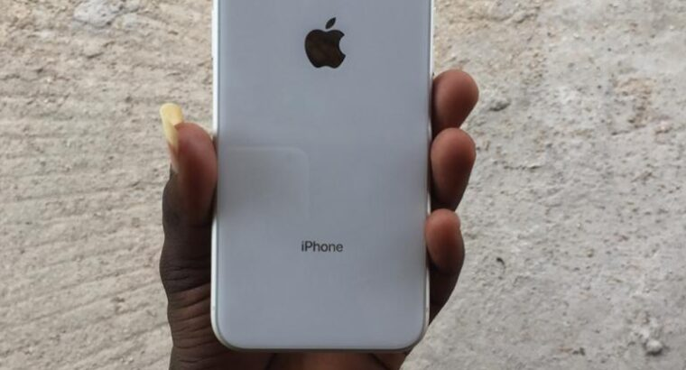 Iphone XR factory unlocked 64gb