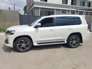 Toyota Land Cruiser Model: 2013 – 2020