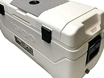 IGLOO MaxCold Large Can Cool Box Ice Cooler