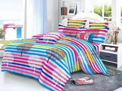 1 double size bedsheet with 2 pillowcases
