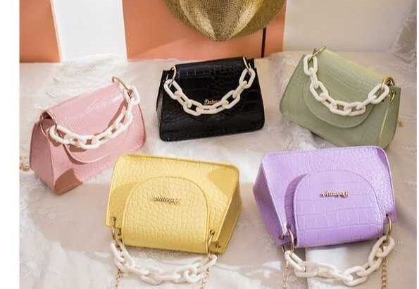 Quality Ladies Bags by Perry