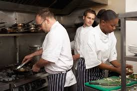 cooks needed in a restaurant