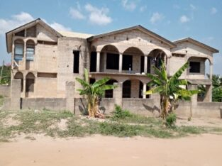 7 Bedrooms for sale