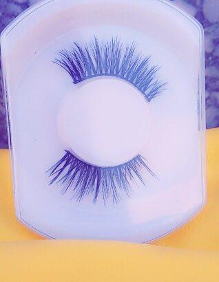 Set of Eyelash Extensions for Ladies