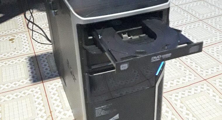 Acer Aspire i5 desktop computer set.
