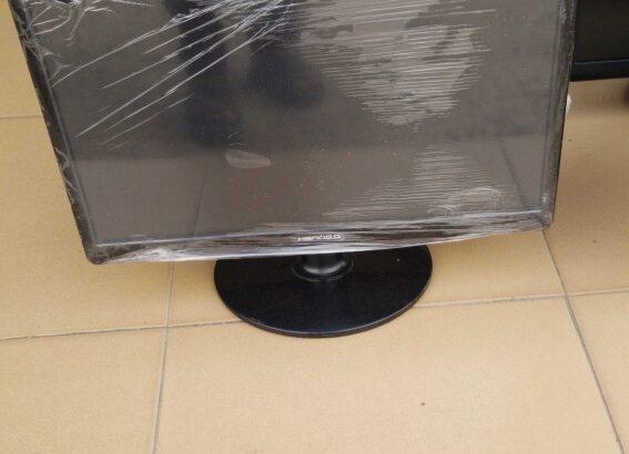22″ Asus Led monitor
