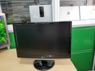 22″ LG LED Monitor