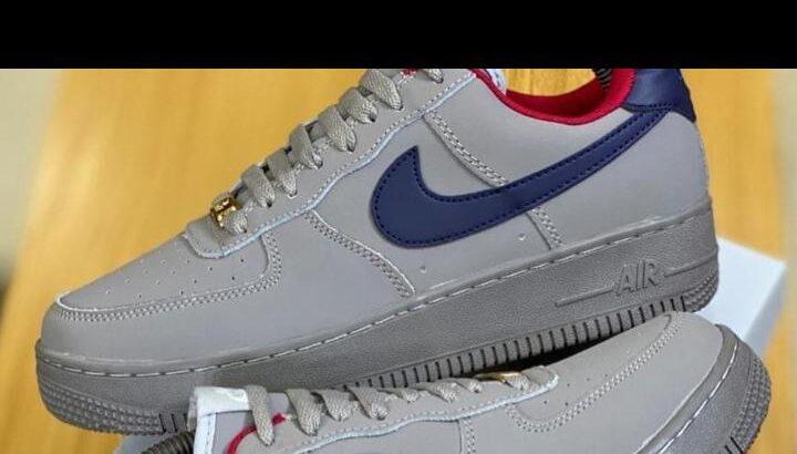 Nike Air Force Navy Blue Swoosh