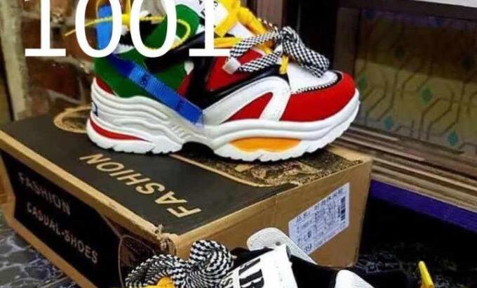 Fashionable Casual Sneakers for Sale