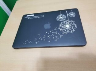 Apple i7 Laptop