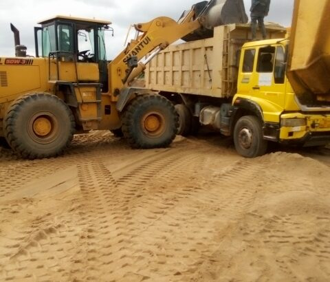 Maxview building construction and hauling services