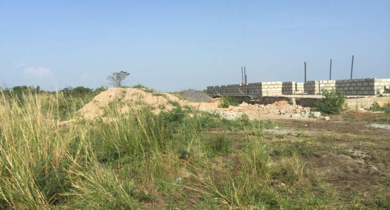 Roadside half plots at Dawhenya