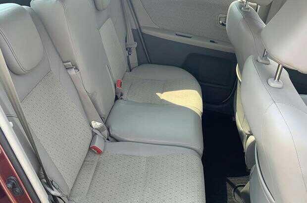 2010 Toyota Vitz ILL