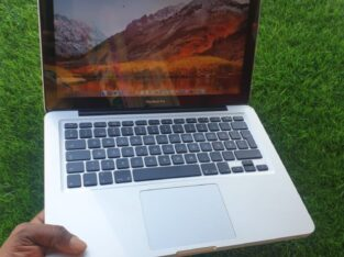 MacBook Pro core i5 2012